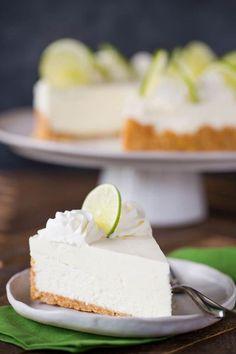 Image key lime no bake cheesecake hosted in Life Trends 1 Key Lime No Bake Cheesecake, Biscoff Cheesecake, Biscuit Speculoos, Biscuits, Keto Dinner, Eating Plans, Vanilla Cake, Cakepops, Keto Recipes