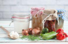 Τροφές με προβιοτικά για σωστή λειτουργία του εντέρου Jar, Food, Essen, Meals, Yemek, Jars, Eten, Glass