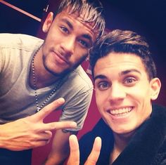 Neymar Marc Bartra I'll take both please Marc Bartra, Neymar Jr, Good Soccer Players, Football Players, Lionel Messi, Fc Barcelona, Barca Team, Play Soccer, Soccer Boys