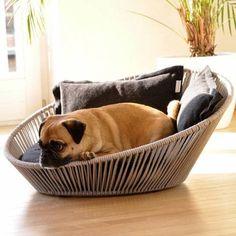 Siro Twist Dog Bed is cool like rattan furniture.