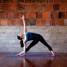 4 De-bloating Yoga Poses - feel so much better afterwards