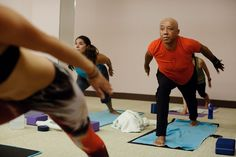 I took a class with the Simmons family. And after all that stretching, the Def Jam mogul came clean about the controversial Harriet Tubman sex tape parody. Simmons Family, Business Magnate, Russell Simmons, Harriet Tubman, Music Labels, Hot Yoga, Stress Management, What Is Like, Lunges