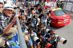 Tour de France 2014. Mur de photographes à l'arrivée de l'étape Grenoble-Risoul.