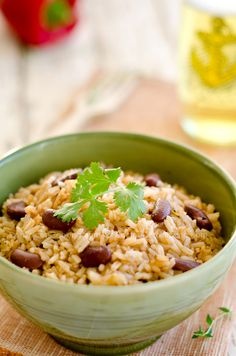 Moro de habichuelas (Rice and beans) - http://www.dominicancooking.com/569-moro-de-habichuelas-rice-and-black-beans.html#