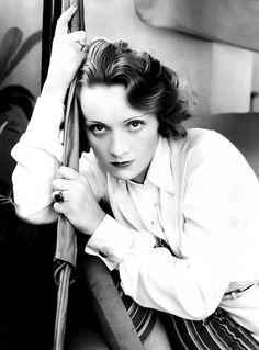 Marlene Dietrich photographed by Edward Steichen, 1931
