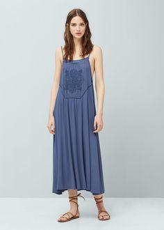 Vestido largo bordado | MANGO