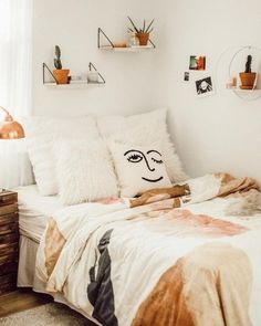 Perfect bedroom inspiration! #ShopStyle #shopthelook #MyShopStyle #bedroominspiration #bedroomdecor # homedecor