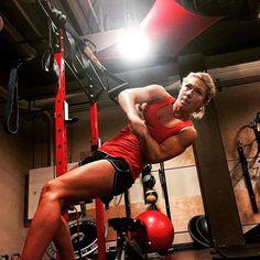 Mikaela Shiffrin Mikaela Shiffrin, Alpine Skiing, Sporty Girls, Gym Equipment, Health Fitness, Bike, Sports, Athletes, Instagram