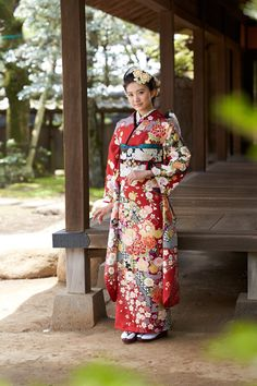 Japanese Costume, Japanese Kimono, Vietnamese Dress, Japanese Outfits, Cool Hats, Coming Of Age, Yukata, Costumes For Women, Traditional Outfits