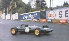 1963 Belgian GP, Spa : Jim Clark, Lotus-Climax 25 #1, Team Lotus, Winner. (ph: thechicaneblog.com)