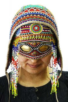 A woman from Siberia to snow eye-glasses