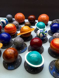 Fondant Planet Cupcake ToppersPlanet Toppers by CherryBayCakes