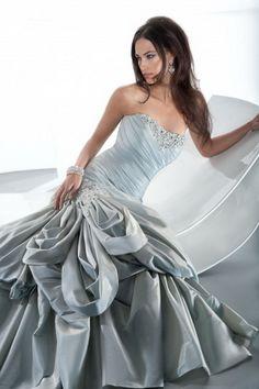 demetrios wedding dresses | Demetrios Gr228 Bridal Gown (2013) Demetrios - Demetrios Gr228 from ...