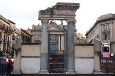 Roman ruin in Catania. (A. Carman)