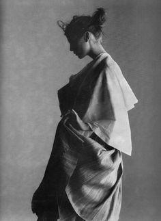 Yohji Yamamoto, Elle March 1998, Raw & Refined, Gilles Bensimon