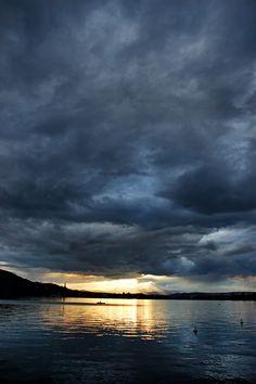 lac et nuages