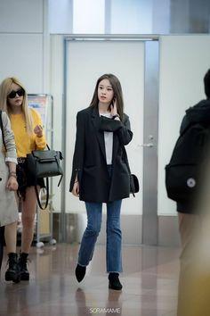 Park Ji Yeon [T-ARA] Park Ji Yeon, T Ara Jiyeon, Yoona, Jonghyun, Tight Dresses, Street Fashion, Idol, Tights, Normcore