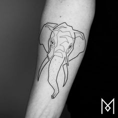 100 Incredible Tattoos Created Using A Single Continuous Line By Mo Ganji Geometric Elephant Tattoo, Elephant Tattoo Design, Elephant Tattoos, Elephant Wall Art, Stencils Tatuagem, Tattoo Stencils, Tattoo Fonts, Trendy Tattoos, Tattoos For Women