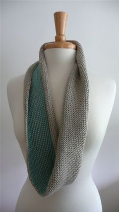 infinity scarf - tunisian crochet (2 color)  **GASP** I love this! Must.make.soon!