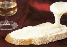 La cancoillotte, délicieuse et très peu calorique ; parfaite pour l'été et à manger toute l'année ! | Franche-Comté, France | #JuraTourisme