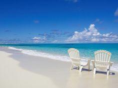 Душой наморе, попой настуле Грейс Бэй, Карибские острова