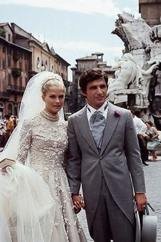 "Blast from the past ""Famous Wedding"" American actress Candice Patricia Bergen best known for her role as Murphy Brown, looked gorgeous in a long sleeve wedding gown when she married French Film..."