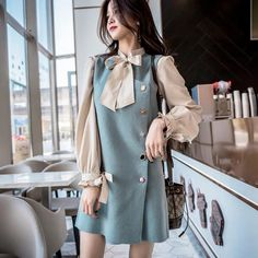 Korean Fashion Trends, Korean Street Fashion, Asian Fashion, Girl Fashion, Fashion Design, Ulzzang Fashion, Hijab Fashion, Fashion Dresses, Stylish Dresses