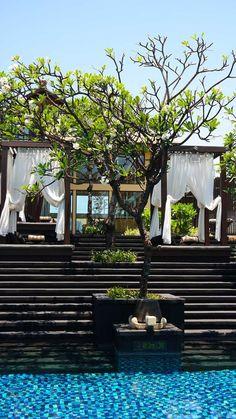 St. Regis Bali – The Ultimate Exotic Luxury Beach Resort | Luxury Travel | breathtaking | travel | wanderlust | hotel | pools | water | explore | relax | vacation | tourist | bucket list | Just Go | Schomp BMW