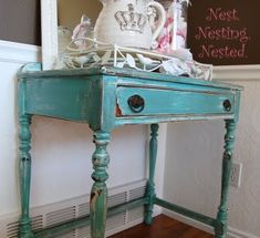 #turquoise dresser and a #crown pitcher. She must be a Zeta Tau Alpha #ZTA