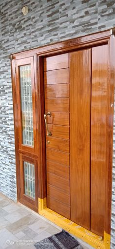 Wooden Front Door Design, Wooden Front Doors, House Front Design, Wood Doors, Bedroom Door Design, Door Design Interior, Foyer Design, Latest Door Designs, Single Door Design