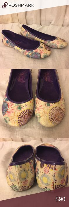 Kenneth Cole Glitter Firework Purple Leather Flats Unlisted a Kenneth Cole Production Flats/Slip-ons with Colorful Glitterry Metallic Firework Design on Cream Background with Purple Leather exterior and bow. Size 7. In excellent condition. Very unique shoe! Wish they were my size ☺️. Bundle two or more items and get 20% off plus a free gift (your pick of any item under 10$$ Kenneth Cole Unlisted  Shoes Flats & Loafers