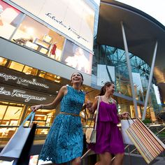 Explore Singapore's many shopping districts with this handy guide to some of the city's most popular hotspots.
