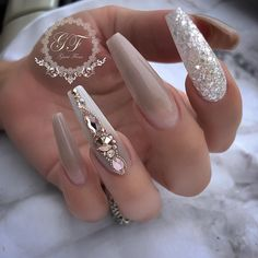 Nail art Christmas - the festive spirit on the nails. Over 70 creative ideas and tutorials - My Nails Glam Nails, Dope Nails, Fancy Nails, Bling Nails, Jewel Nails, Art Nails, Fabulous Nails, Perfect Nails, Gorgeous Nails