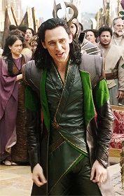 If Loki was in disguise, who made the new clothes for him? Marvel Films, Loki Thor, Marvel Characters, Marvel Avengers, Loki Gif, Marvel Heroes, Loki Laufeyson, Thomas William Hiddleston, Tom Hiddleston Loki