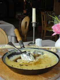 La mosa, ricetta della Val di Non con prodotti tipici del Trentino - APT Val di Non
