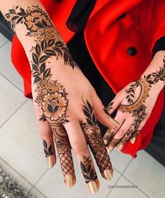 Latest Amazing Mehndi Designs For Parties Hello Guys! here you will see Latest Mehndi Designs with Amazing Patterns for your Hands and. Dulhan Mehndi Designs, Mehandi Designs, Mehendi, Mehndi Designs 2018, Mehndi Designs For Girls, Modern Mehndi Designs, Mehndi Design Pictures, Wedding Mehndi Designs, Beautiful Henna Designs