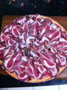 Easy Home Made Capicola Bacon Sausage, Sausage Recipes, Meat Recipes, Wine Recipes, Cooking Recipes, Charcuterie Recipes, Charcuterie Cheese, Home Made Sausage, Sausage Making