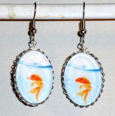 Ohrringe - Ohrringe Fisch Goldfisch Ohrschmuck Schmuck Glas - ein Designerstück von ausgefallene-Ohrringe bei DaWanda