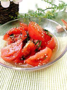さっぱりおかず・トマトの浅漬け by 津久井 美知子 (chiko) 「写真がきれい」×「つくりやすい」×「美味しい」お料理と出会えるレシピサイト「Nadia | ナディア」プロの料理を無料で検索。実用的な節約簡単レシピからおもてなしレシピまで。有名レシピブロガーの料理動画も満載!お気に入りのレシピが保存できるSNS。