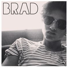 Brad Simpson, The lead singer of the most amazing band ever AKA The Vamps Will Simpson, Brad Simpson, The Vamps Lead Singer, Band Tumblr, Evan And Connor, Brad The Vamps, Vamps Band, Somebody To You, Bae