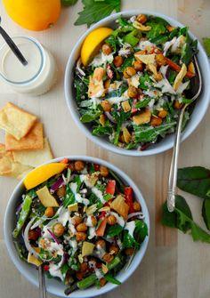 Mediterranean Salad with Crispy chickpeas