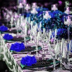 Peacock Wedding Centerpieces, Royal Blue Centerpieces, Royal Blue Wedding Decorations, 40th Birthday Decorations, Quince Decorations, Quinceanera Decorations, Blue Table Settings, Wedding Table Settings, Cop Wedding