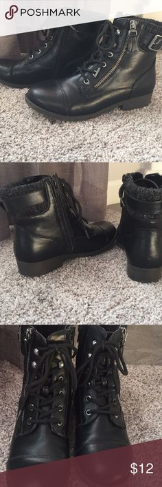 SO Combat Boots Black Size 6 SO Combat Boots Black Size 6 Great Condition ! Worn a couple of times Zipper and Buckle Detail Smoke free home SO Shoes Combat & Moto Boots