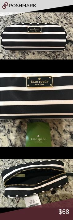 🎁25% offBUNDLES Wilson Road Kate Spade Makeup Bag NWT Authentic Wilson  Road Kate Spade 865b6b6bb164d
