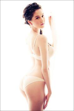 Ngoc Trinh Sexy Underware - Viet Nam Bikini Model - 1000 asian beauties Part 5 Bikini Models, Japanese Girl, Asian Woman, Asian Beauty, Beauty Women, Fashion Models, Vietnam, Hot Girls, Thong Bikini