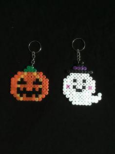 Pixel Beads, Hama Beads Design, Diy Perler Beads, Fuse Beads, Fuse Bead Patterns, Perler Patterns, Beading Patterns, Hama Beads Halloween, Christmas Perler Beads