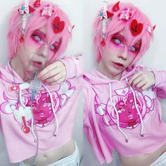 Form professionals offer out five natural new methods to dress a hoodie without ever resembling an angst-ridden. Pastel Goth Makeup, Pastel Goth Outfits, Pastel Punk, Pastel Goth Fashion, Kawaii Fashion, Gothic Fashion, Estilo Harajuku, Kawaii Makeup, Goth Aesthetic