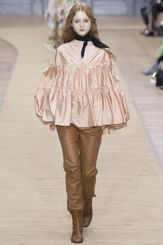 Chloé | Fall 2016 Ready-to-Wear Collection | Vogue Runway
