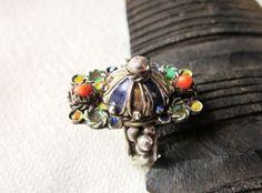 alt kabylen ring,silber,emallie und koralle von etuareg auf Etsy