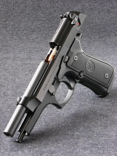 Beretta 92FS Chambered in 9x19mm, this Italian handgun is still in service with various military and law enforcement agencies around the world, in spite newer designs and larger calibers on the market. Although it is sometimes overshadowed by handgun giants like the Glock and 1911, the 92FS is still a very recognizable sidearm with a large following.